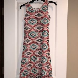 Dresses & Skirts - Absolutely adorable juniors tribal dress.